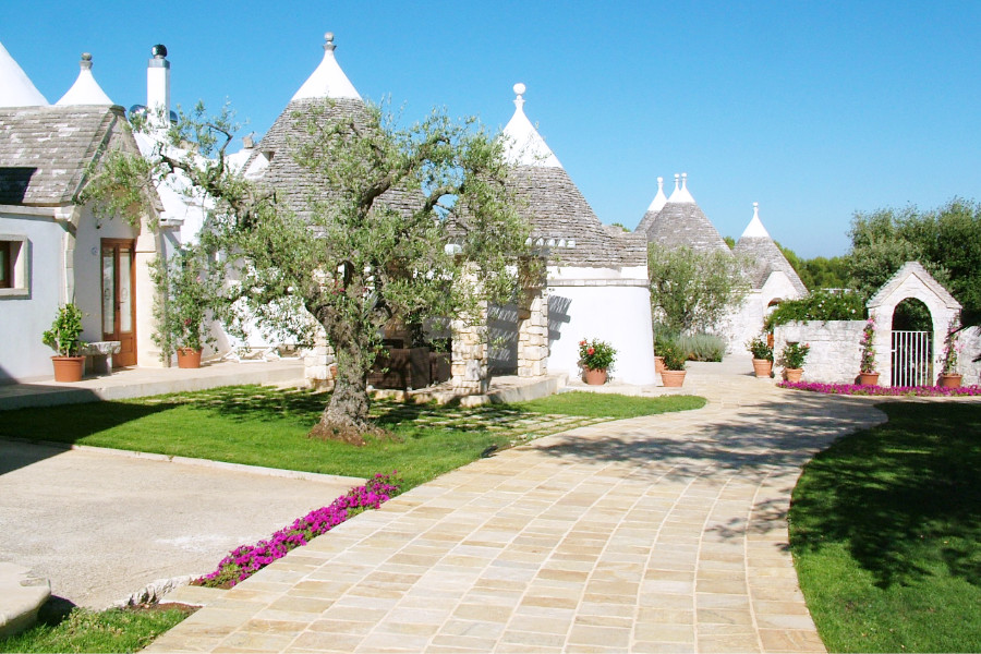 25 April offer in masseria